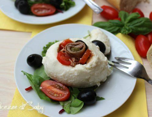 Mozzarella ripiena (tonno olive e capperi)