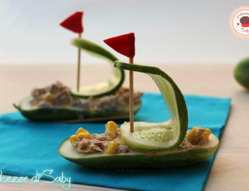 Insalata in barchette di cetrioli