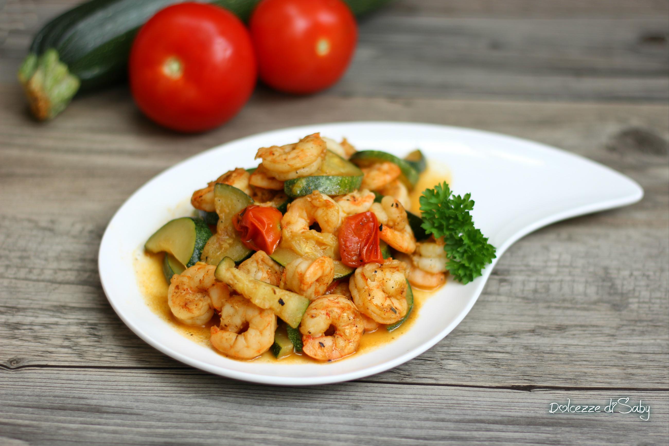 Gamberetti in umido con zucchine