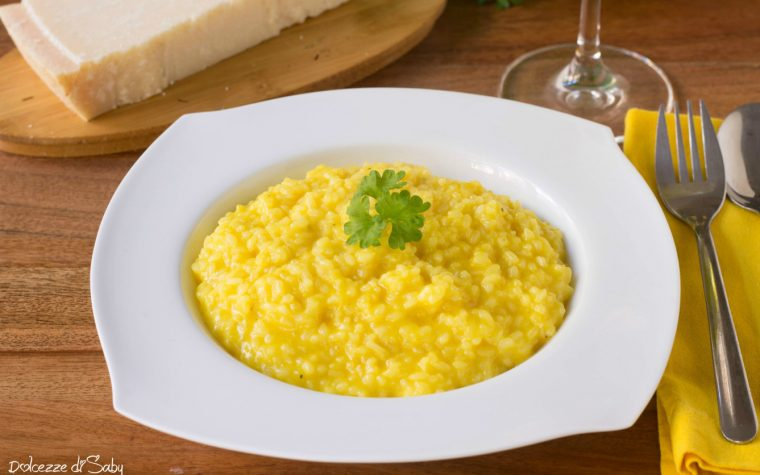 Risotto allo zafferano (con monsieur cuisine plus e ricetta classica)