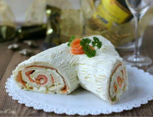 Tronchetto salato al salmone (veloce e senza cottura)