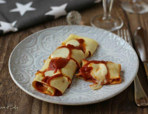 Rotolini di pasta mozzarella e prosciutto