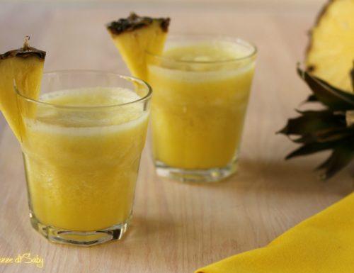 Frullato all'ananas