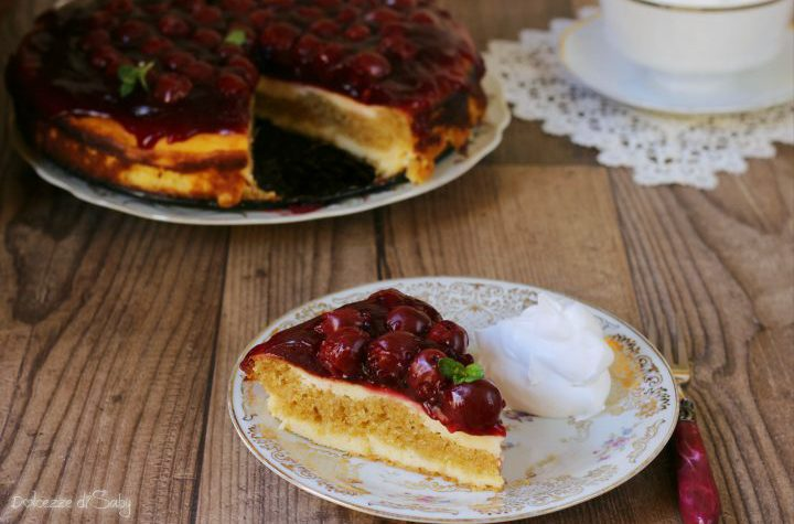 Cheesecake alle amarene (Käsekuchen tedesca magica)