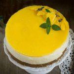 Cheesecake al mango (fresca, ricca di frutta e senza cottura)