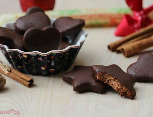 Biscotti speziati al cioccolato o Lebkuchenherzen