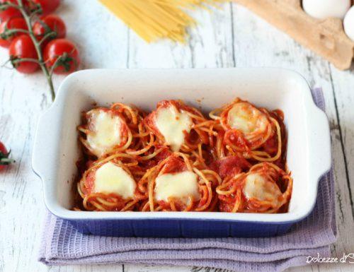Spaghetti al forno (ricetta veloce, sfiziosa e leggera)