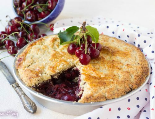 Crostata di ciliegie coperta (cherry pie)