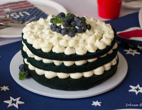 Torta Blue Velvet ai mirtilli (torta blu velluto umida e deliziosa)