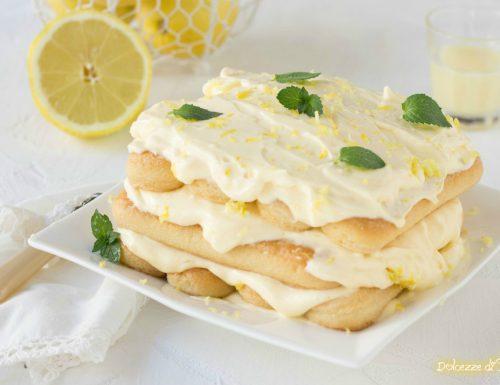 Tiramisú al limone con limoncello e uova pastorizzate