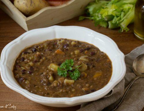 Zuppa di lenticchie, patate e fagioli