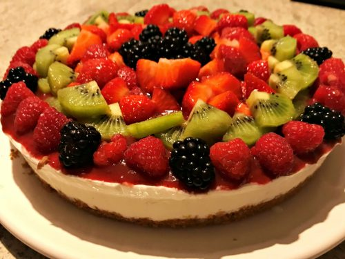 Cheesecake allo yogurt e frutta fresca