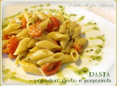 Pasta con pomodori, pesto e gorgonzola