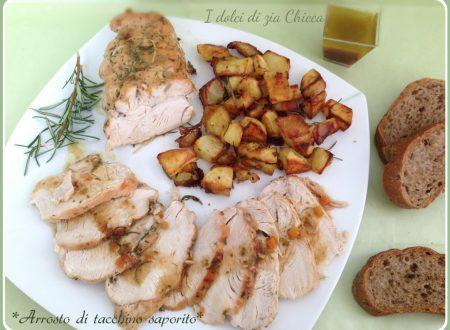 Arrosto di tacchino aromatico con patate al forno