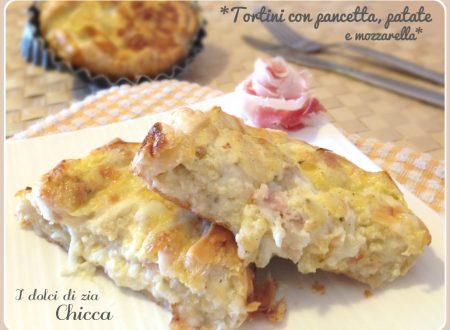 Tortini di sfoglia con pancetta, patate e mozzarella