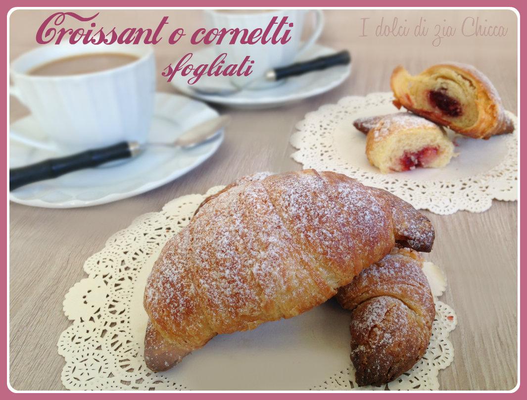 Croissant o cornetti sfogliati