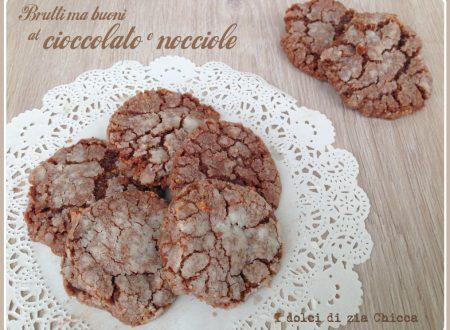 Biscotti al cacao e nocciole brutti ma buoni