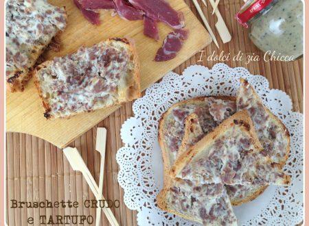 Bruschette con tartufo,stracchino e crudo