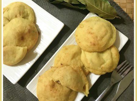 Focaccette di patate con speck e formaggio