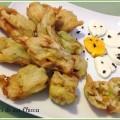 Fiori di zucca ripieni di acciughe e mozzarella