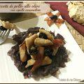 Straccetti di pollo alle olive con cipolle caramellate