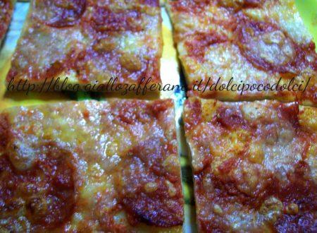 Pizza alla diavola particolare: sfogliata con doppia farcitra