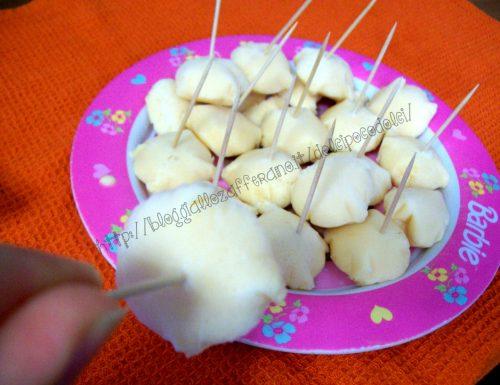Caramelle fredde al melone (con una semplice bustina per ghiacci)