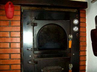 Pizza con alici - Forno a legna casalingo ...