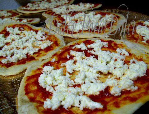 Pizze tonde da surgelare fatte in casa