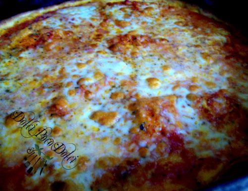 Ricetta pizza margherita con origano