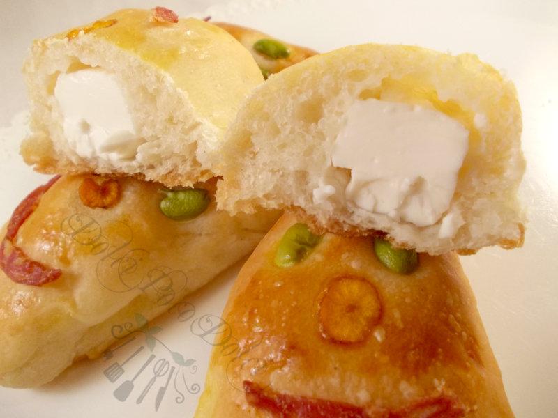 Ricetta panini soffici ripieni con formaggino5