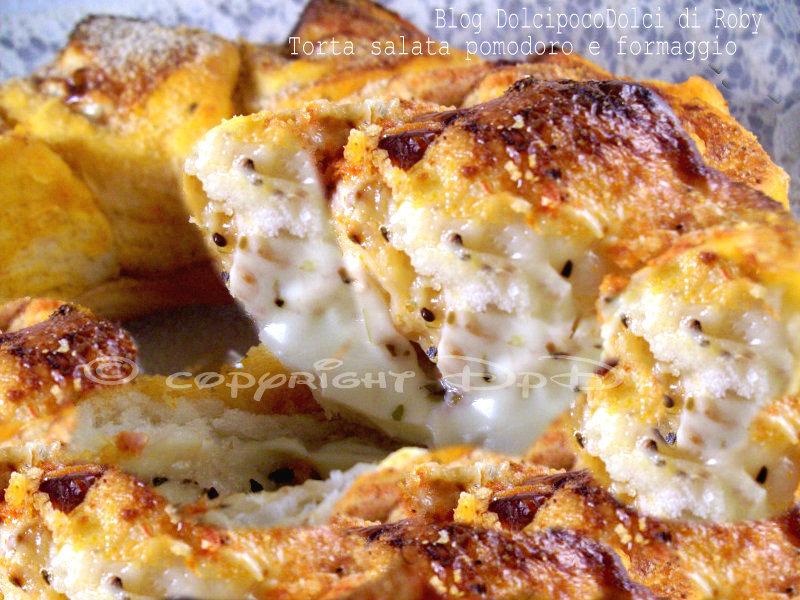 Torta salata pomodoro e formaggio