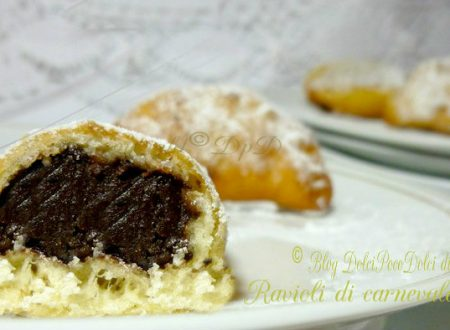 Ravioli di carnevale ripieni al cioccolato