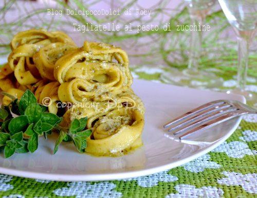 Tagliatelle al pesto di zucchine