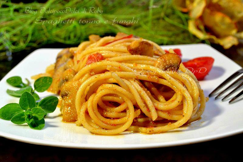 Spaghetti tonno e funghi 10