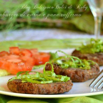 Hamburger di carne e pane raffermo