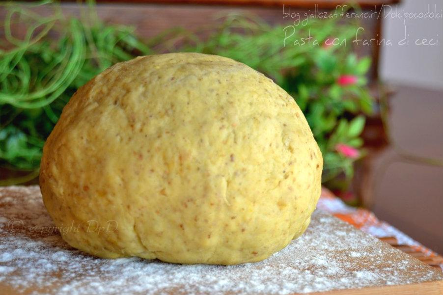 Pasta con farina di ceci4