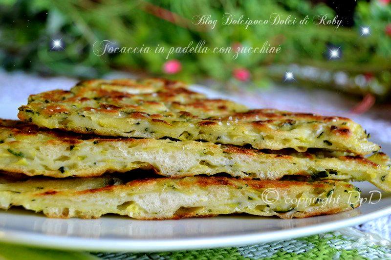 Focaccia in padella con zucchine02