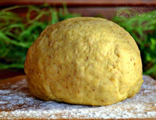 Pasta con farina di ceci