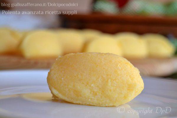 ... Polenta con sugo di salsiccia Sugo con la salsiccia Sugo finto Polenta