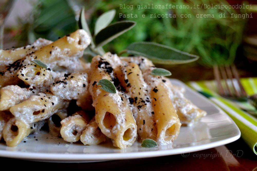 Pasta e ricotta con crema di funghi 29