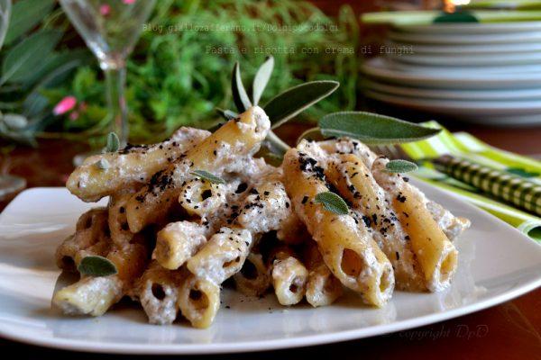 Pasta e ricotta con crema di funghi 30