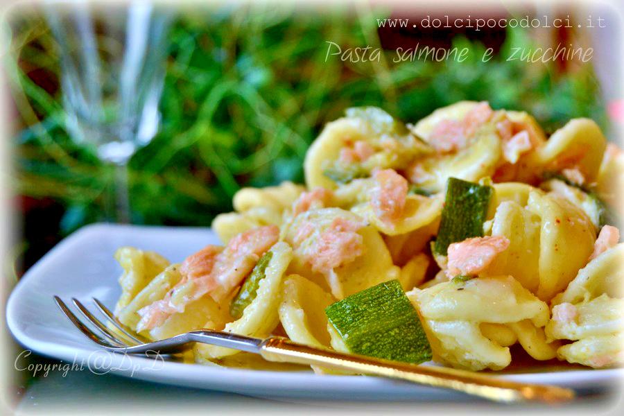 Pasta-salmone-e-zucchine