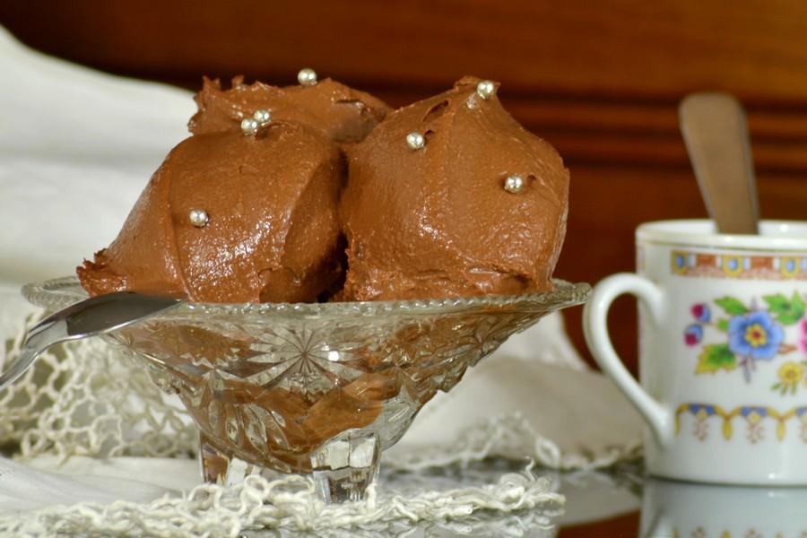 Crema cioccolato e panna da cucina