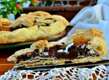 Crostata sfogliata al cioccolato e amaretti