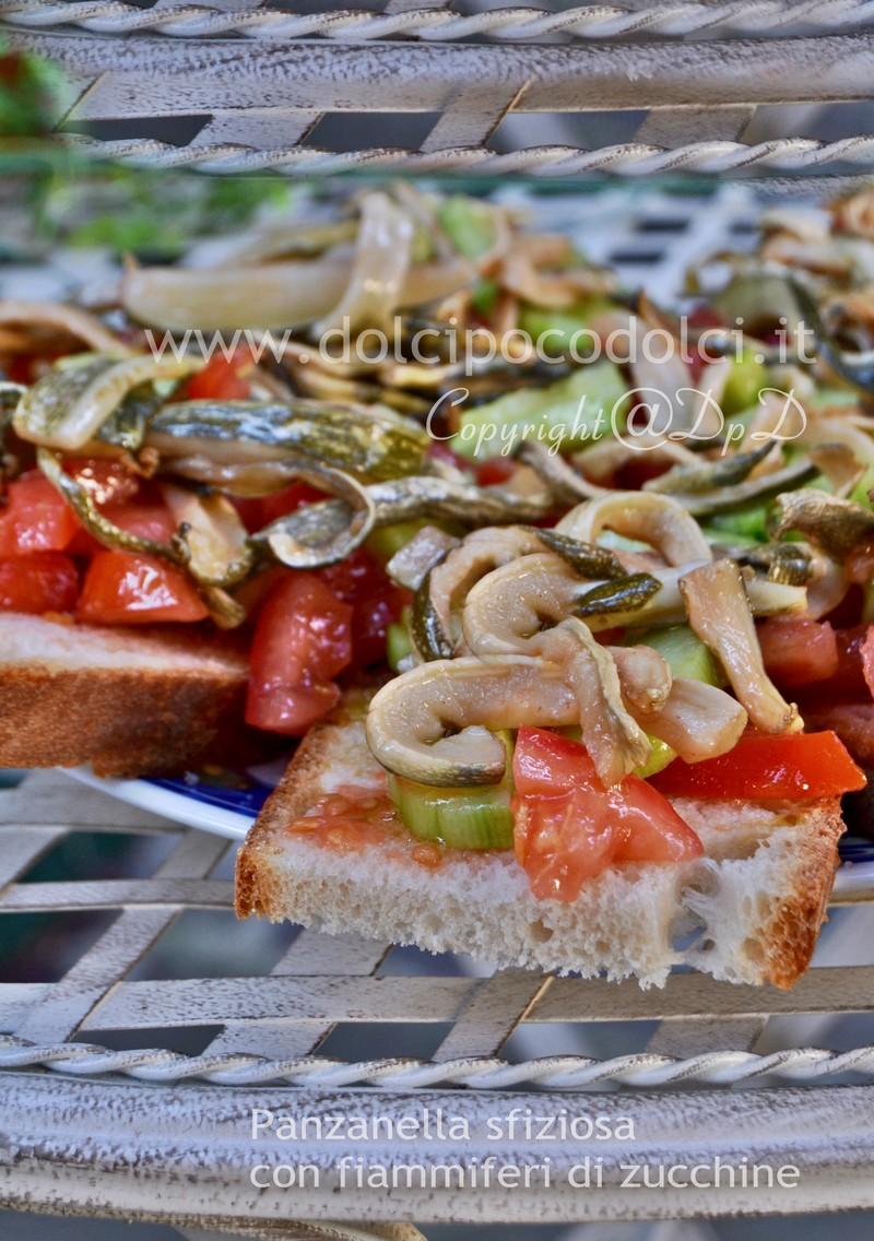 Panzanella sfiziosa con fiammiferi di zucchine 8