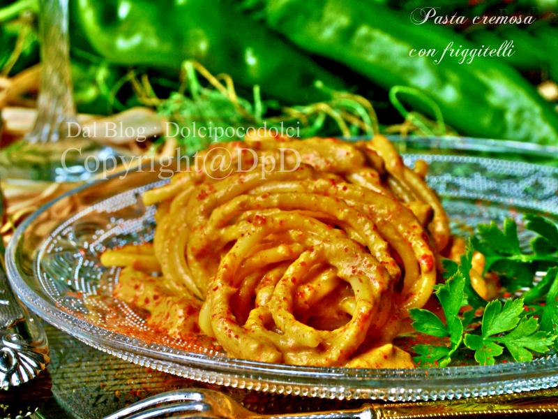 Pasta con peperoni friarelli