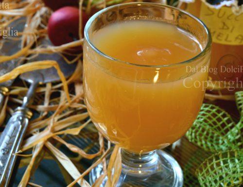Succo di frutta mela miele e vaniglia facile in 30 minuti