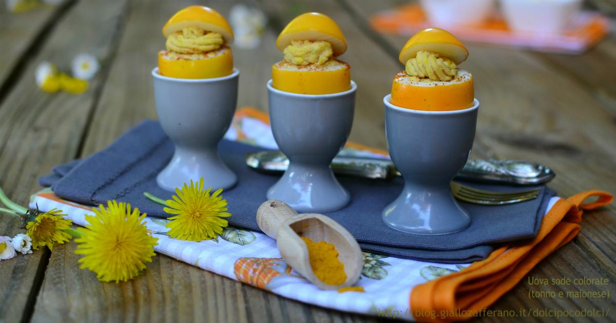 Uova sode colorate farcite tonno e maionese