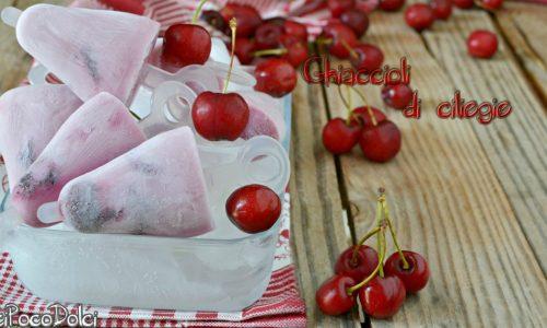 Ghiaccioli di ciliegie e yogurt senza lattosio